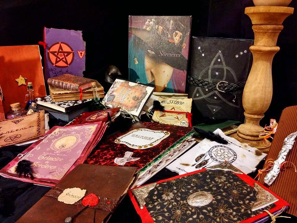 grimoire magique magie sorcière harry potter séquence monstres sortilège formules magiques